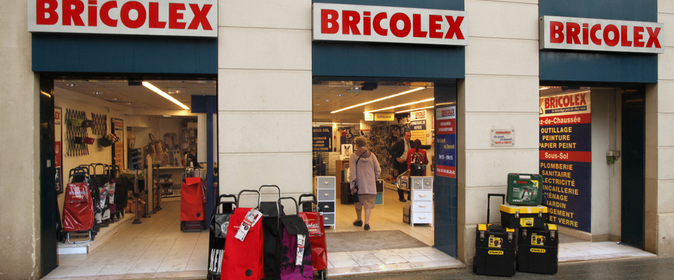 magasin bricolage clamart